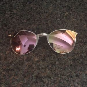 NEW gold frames with pink mirrored sunglasses